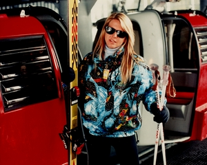 As_-_female_skier_sm